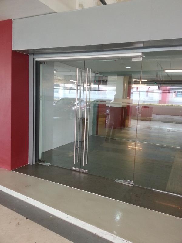 Accessco Floor Closer 600 Accessco Total Integration In